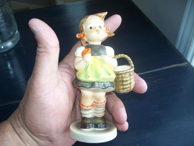 Figurine Hummel west Germany 1