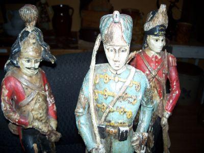 Paire de sculptures de soldats extraordinaires 2