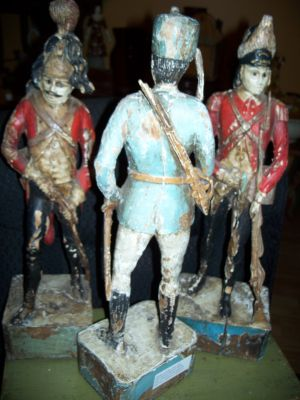 Paire de sculptures de soldats extraordinaires 11