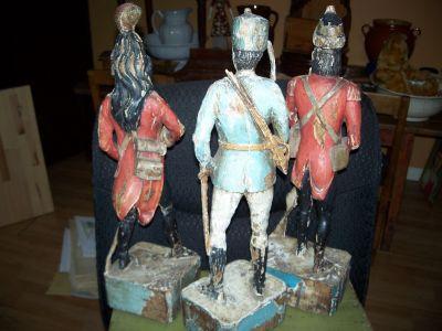 Paire de sculptures de soldats extraordinaires 17