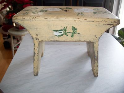 Milking pine bench 2
