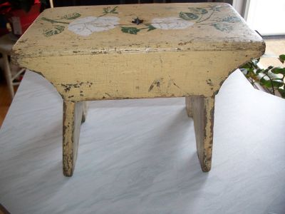 Milking pine bench 4