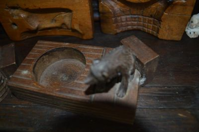 Sculptures d'ours cendrier 2