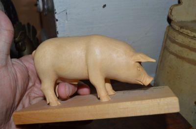 Cochon sculpté 1