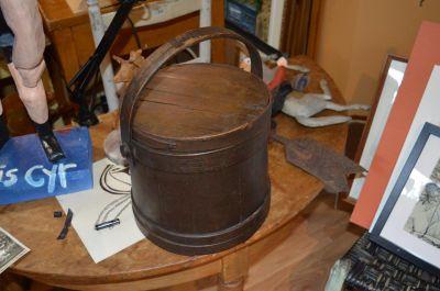 chaudière en bois avec couvercle 1