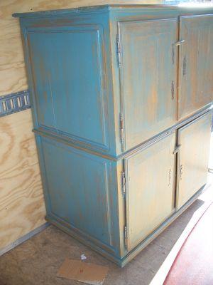4 door pine cupboard w double raised panels. 3