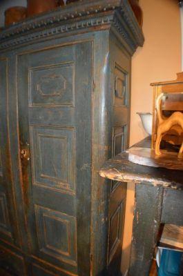 Armoire 12 panneaux style Adams 10