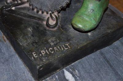 Blacksmith bronze from Emile Louis Picault 7
