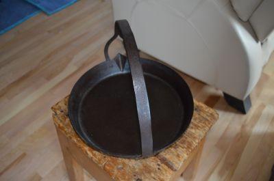 Poêle forgée pour la cire à chandelles 4