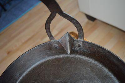 Poêle forgée pour la cire à chandelles 5