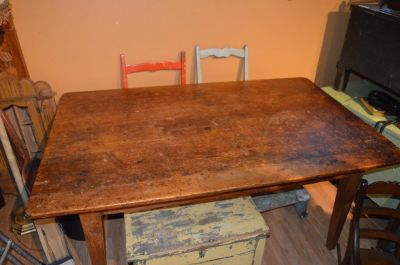 3 boards large top pine table  2