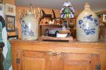 Armoirette à panneaux soulevés - Antiquités