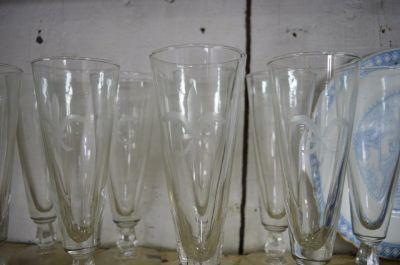 Ensemble de 11 verres fleur de lys 1